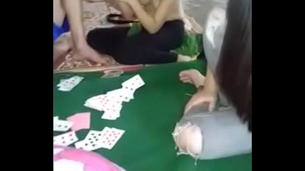 Game Lot Quan Ao Lot